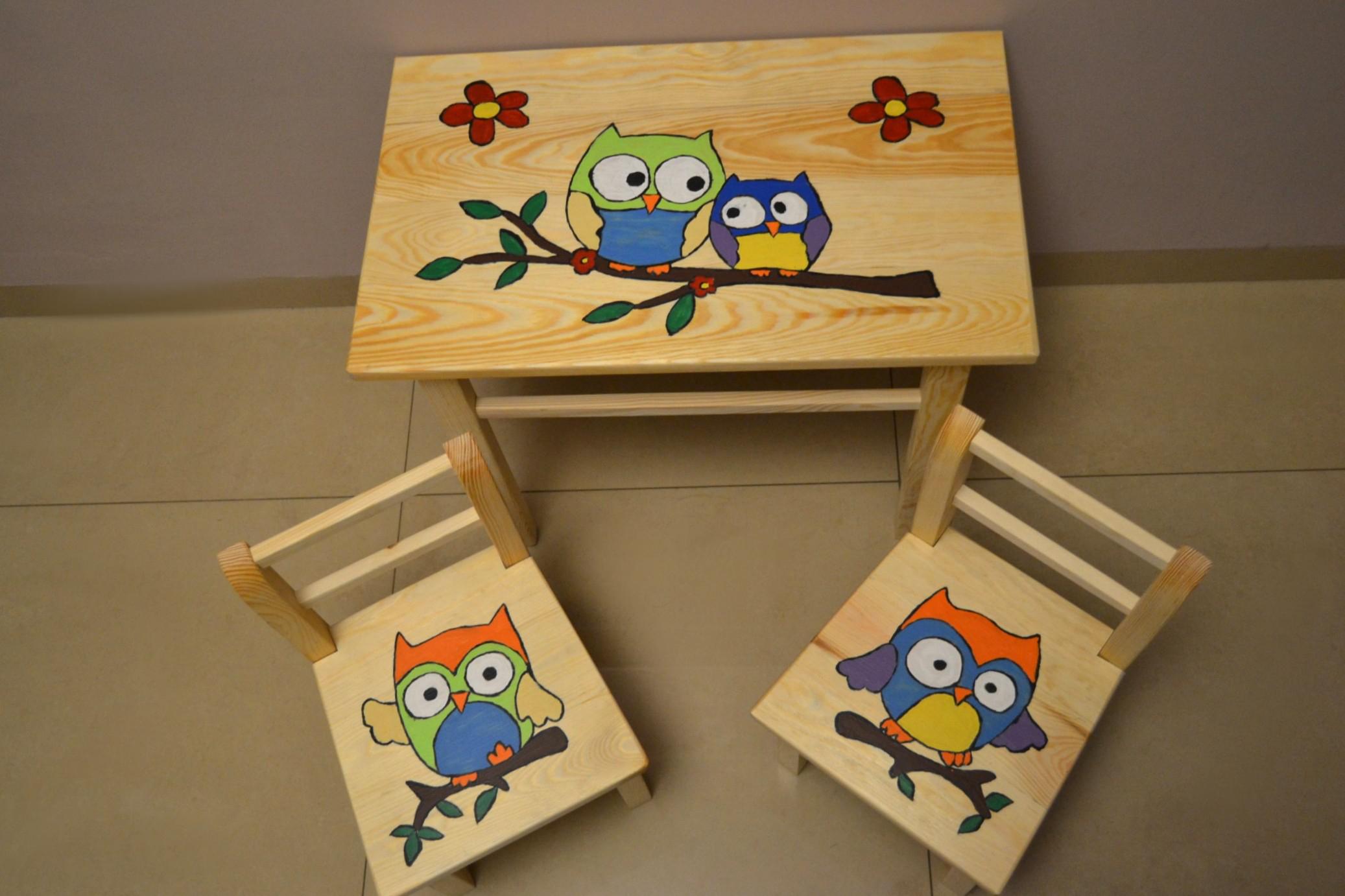 sitzgruppe f r kinderzimmer tisch 2 st hle kinder m bel ko lackiert kiefer ebay. Black Bedroom Furniture Sets. Home Design Ideas